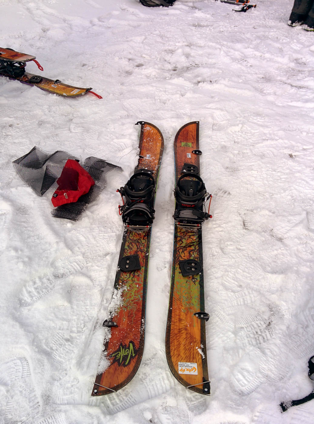 Splitboard split into touring mode